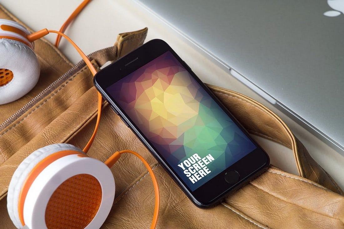 Creative iPhone 7 Mockups v2