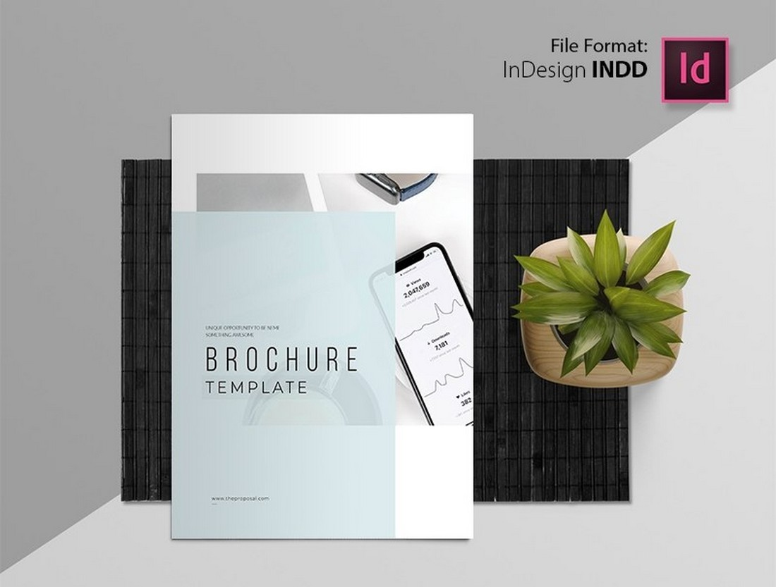 Free Corporate Minimal Brochure Template