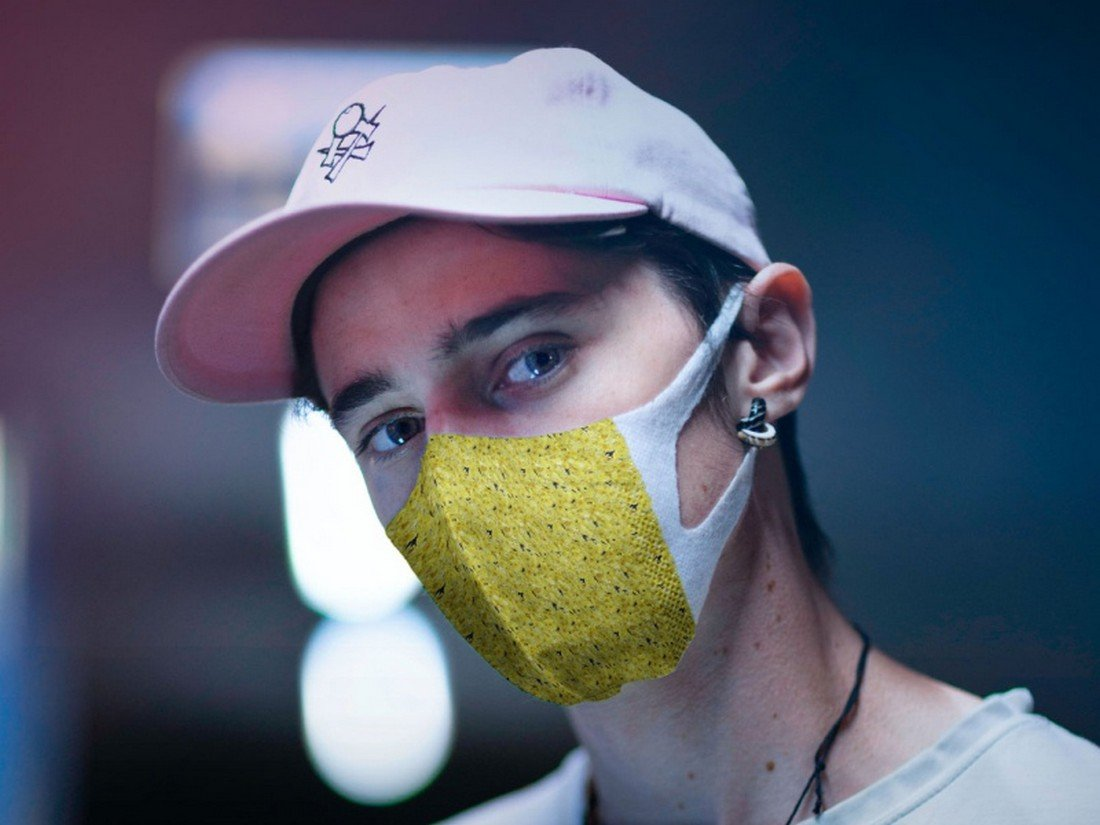 Free Man Wearing Face Mask Mockup