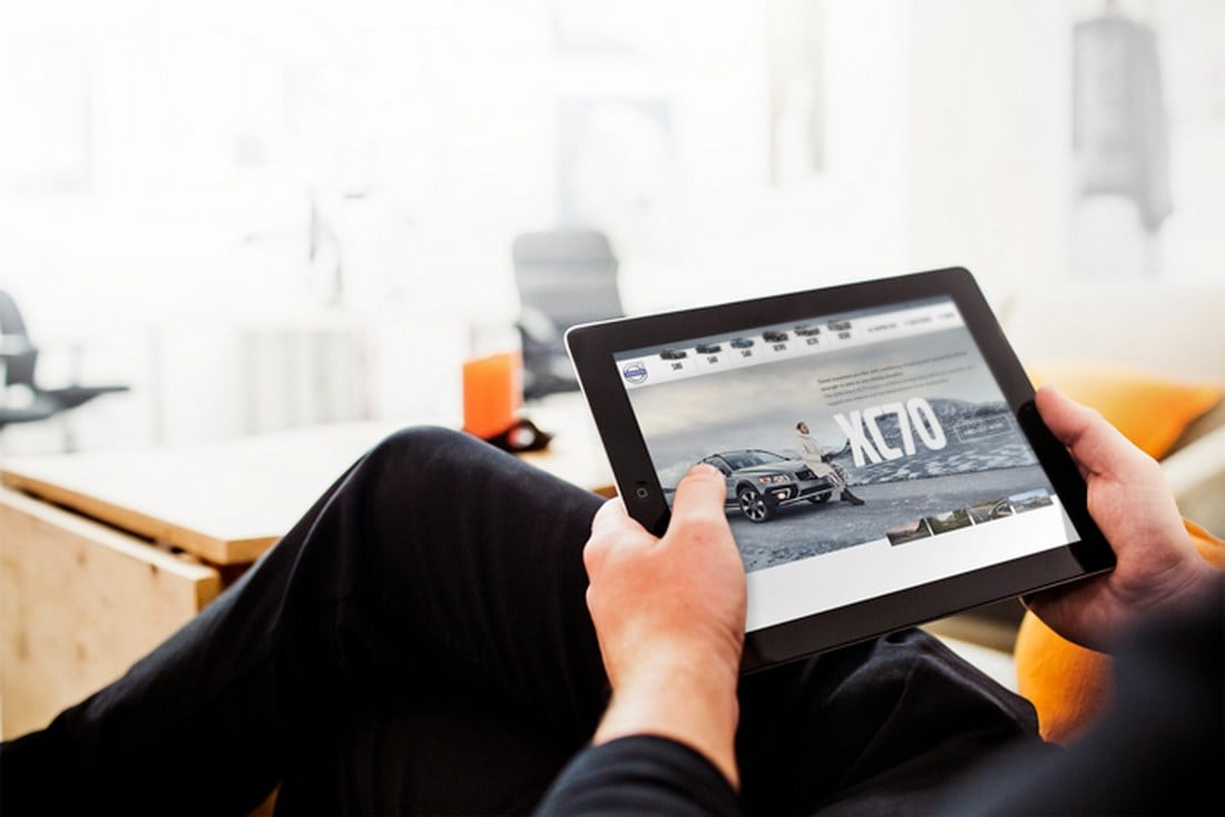 Free-iPad-Business-Mockup 100+ iPad Mockup PSD & PNG Templates design tips