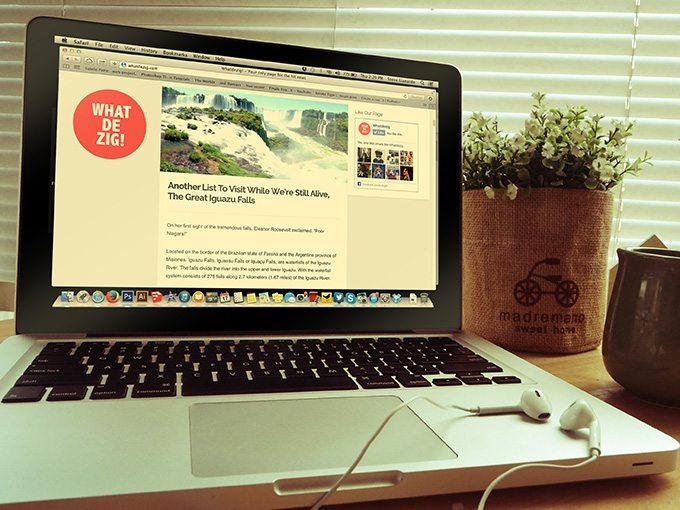 100+ MacBook PSD & Vector Mockups | Design Shack
