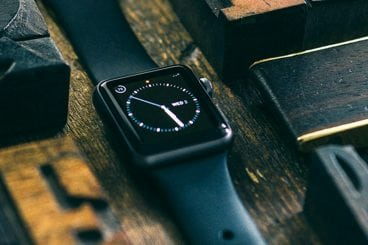 60+ Apple Watch Mockups & Graphics