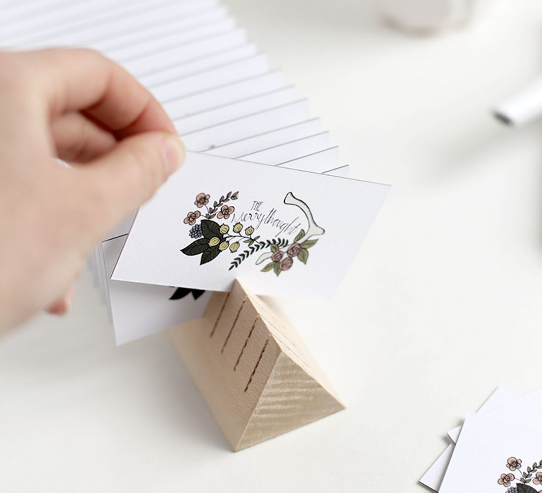 biz-cards-1 20 DIY Projects to Improve Your Freelance Office design tips