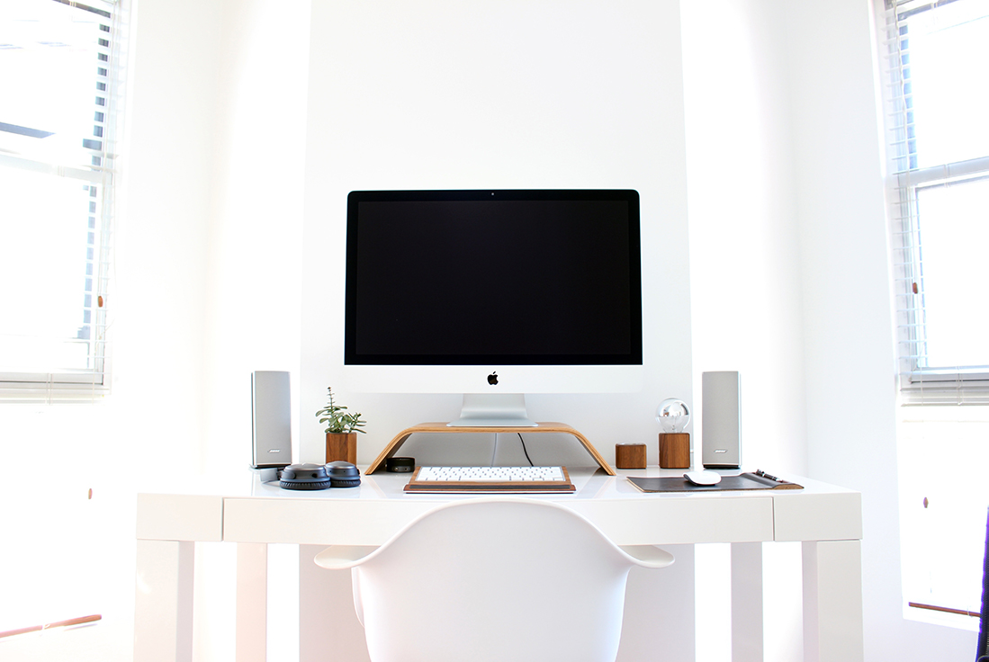clean-desk 20+ New Year's Resolutions for Designers in 2021 design tips