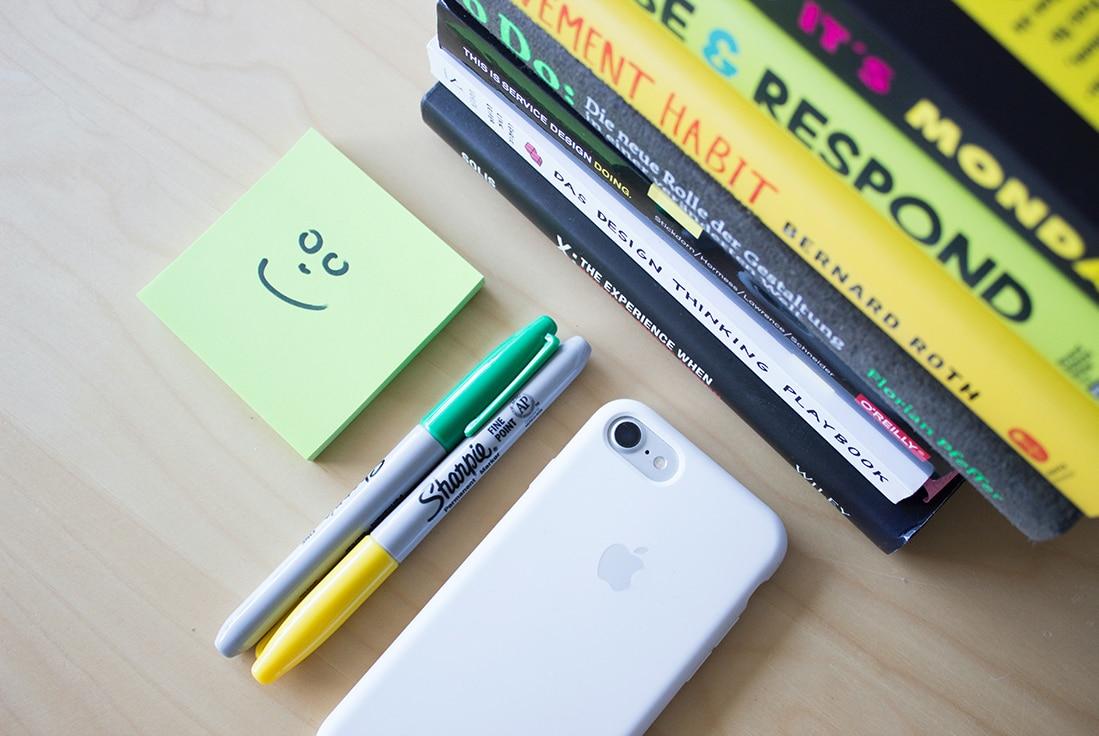 "happy-sticky 10 ""Random Act of Kindness"" Ideas for Designers design tips  Inspiration|design"