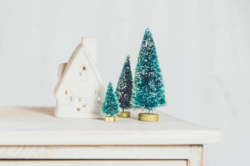 photo-1515934573771-fd4a39541d52-1024x682 25+ Christmas Desktop Backgrounds & Wallpapers design tips